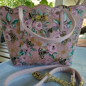 Luv Betsey by Betsey Johnson bee aspen tote